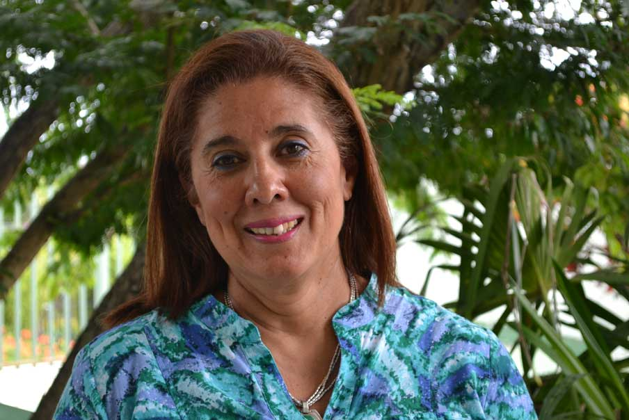 María Lorena López