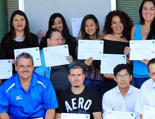 Primer grupo de graduados del curso de Manipulación de alimentos avalado por el INA